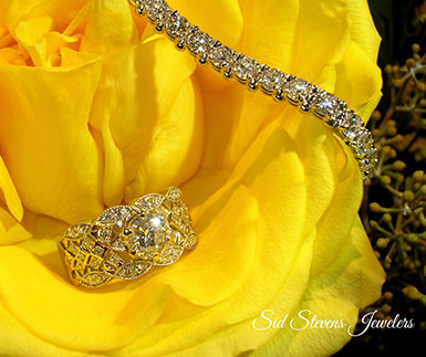 Diamond bracelet and ring in Yellow Rose